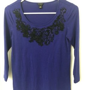 Ann Taylor Purple And black stretch top— size XS